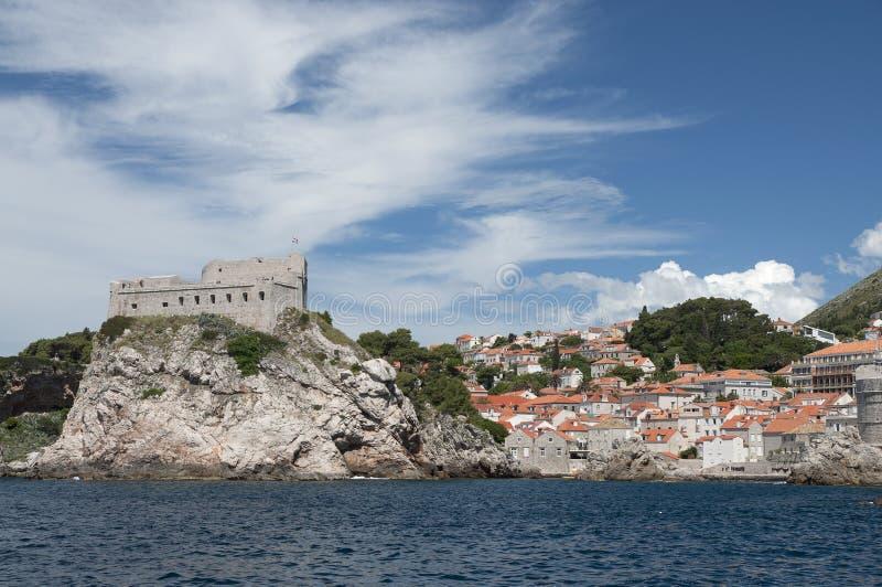 Forteresse de Lovrijenac en dehors de Dubrovnik photo libre de droits