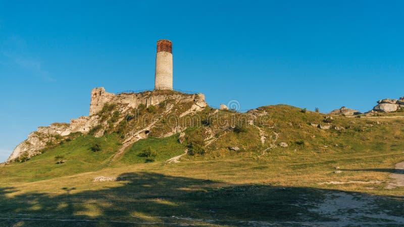 Forteresse médiévale de château d'Olsztyn dans la région de Jura image stock