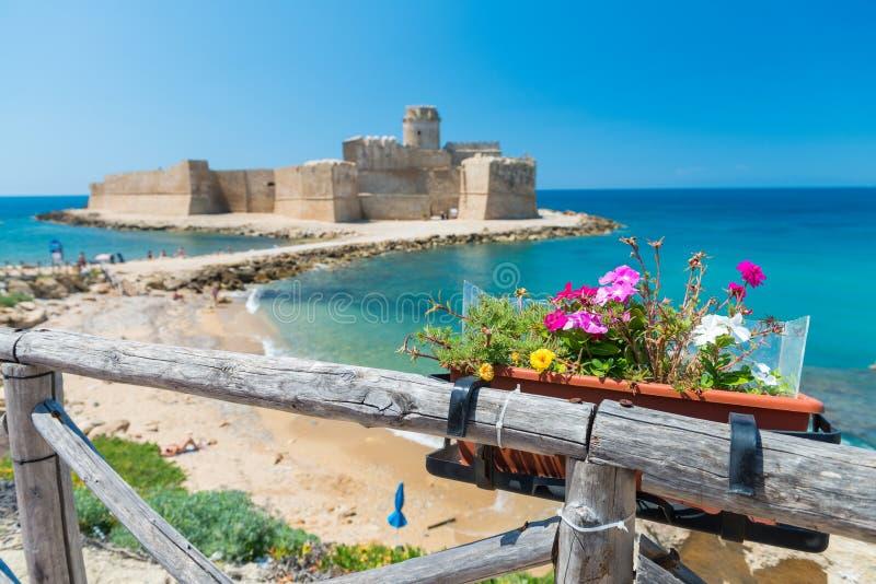 Fortezza Aragonese, Le Castella - Calabrië - Italië royalty-vrije stock afbeelding