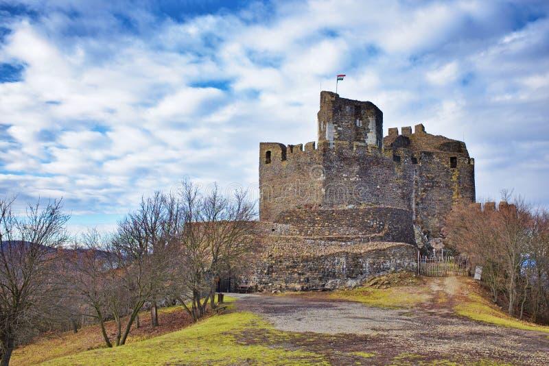 Fortezza di Holloko costruita nel XIII secolo in Ungheria immagini stock libere da diritti