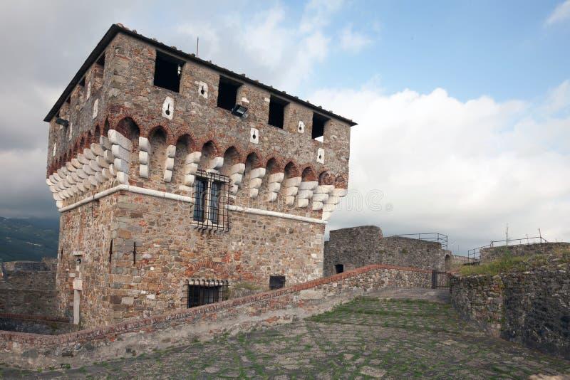 Fortezza di Sarzanello fotografia stock libera da diritti