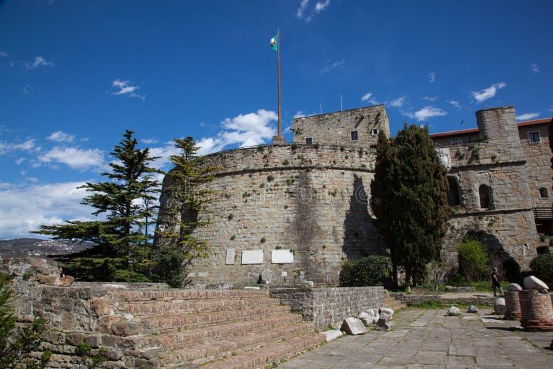 Fortezza di Trieste un giorno soleggiato immagine stock