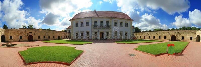 Fortezza medievale in Zbarazh, regione di Ternopil, Ucraina ad ovest fotografie stock libere da diritti