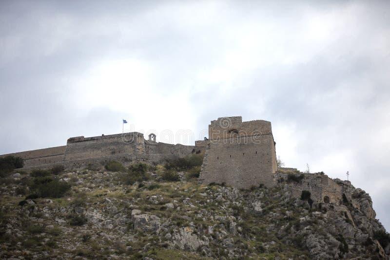 Fortezza sulla collina, Nauplia - Grecia di Palamidi Pareti e bastioni della fortezza di Palamidi, Nafplio, il Peloponneso, Greci fotografie stock