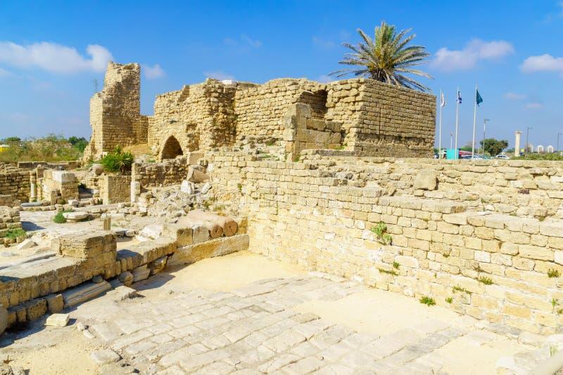 Fortificações de Roman Era, no parque nacional de Caesarea fotografia de stock