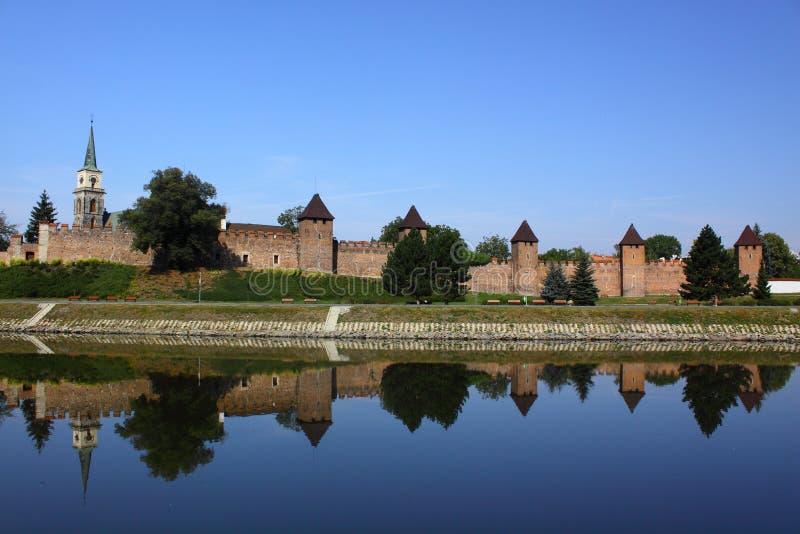Fortification medieval em Nymburk foto de stock