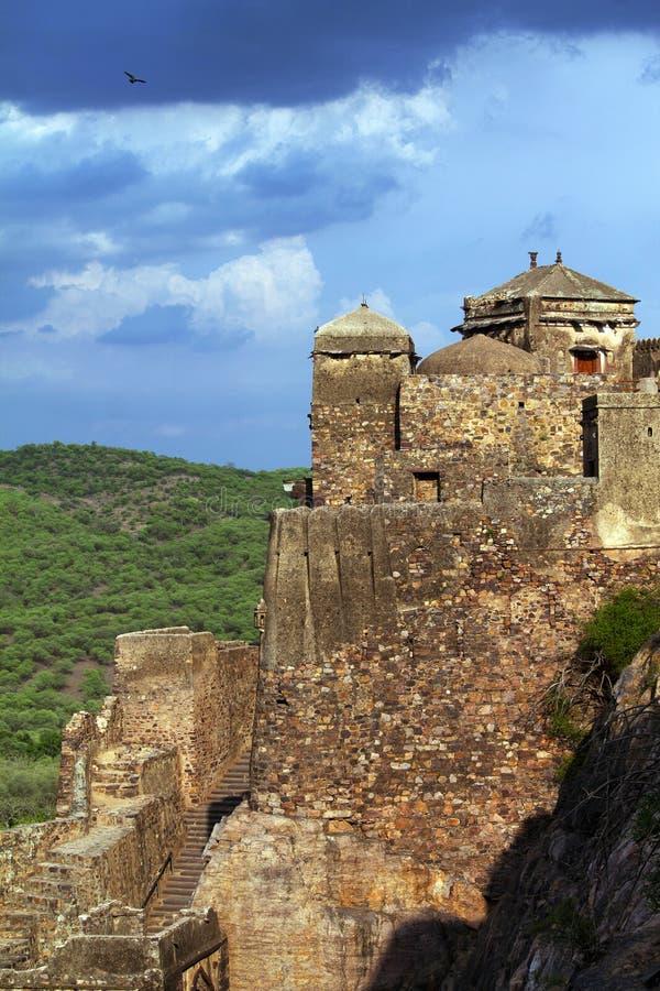 Fortificazione di Ranthambore, Ranthambore, Ragiastan, India CE del sito del patrimonio mondiale dell'Unesco dal 2013 immagini stock