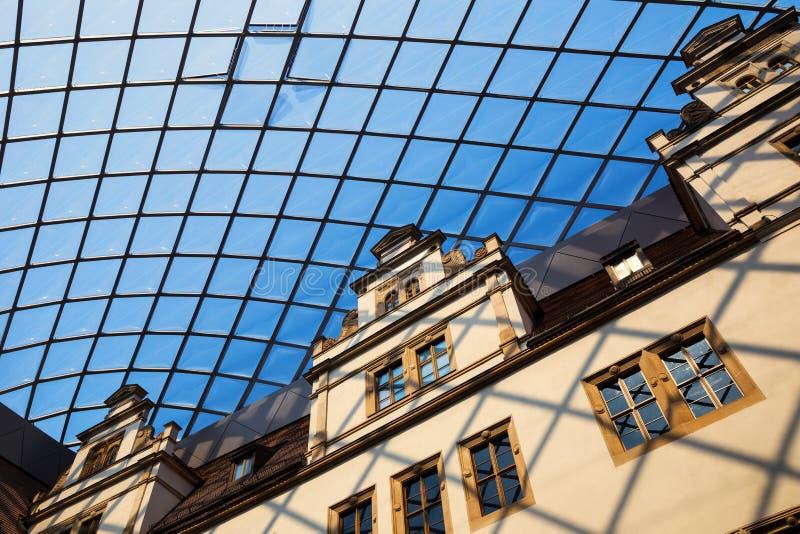 Fortifichi a Dresda, la residenza di re di Saxon, Germania immagini stock libere da diritti