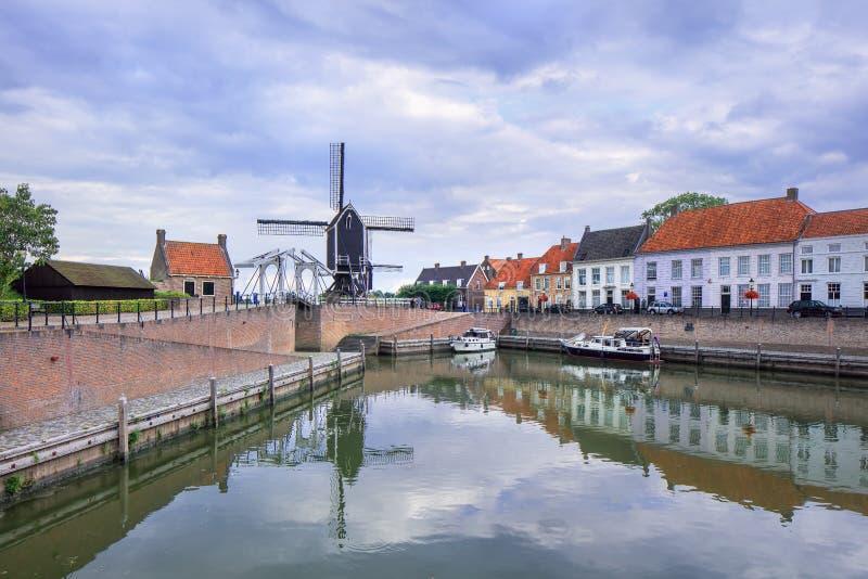 Fortified镇赫斯登,布拉本特,荷兰旧港口  库存照片