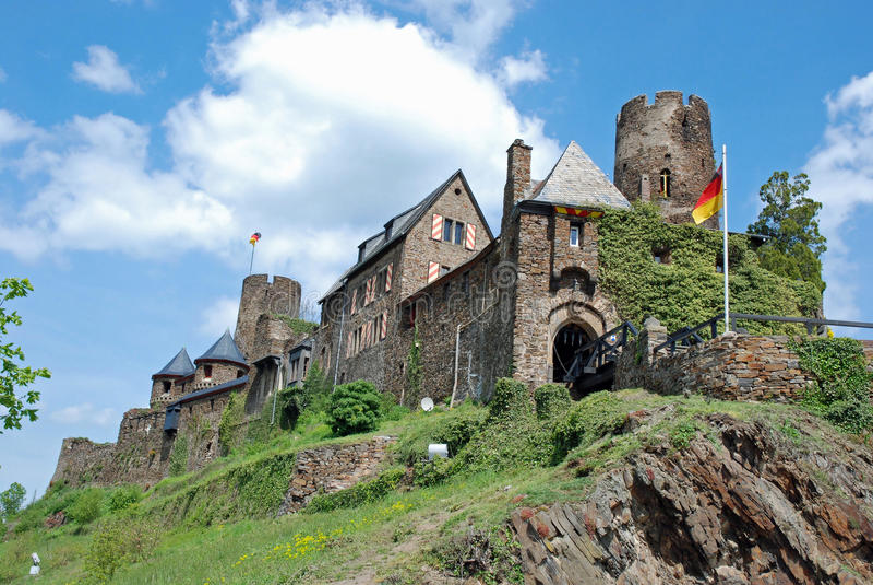 Fortifique Thurant, vale de Mosel, Eifel, Alemanha foto de stock royalty free
