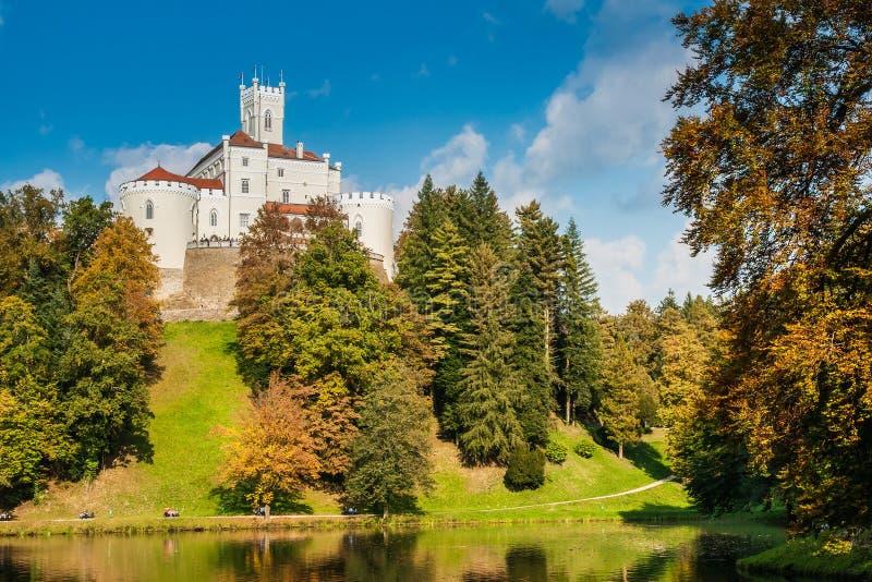 Fortifique Trakoscan na Croácia, construída por volta de 1334 como a Croácia nenhuma foto de stock