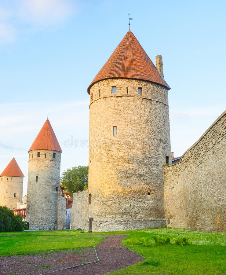 Fortress wall torwers Old Town stock foto