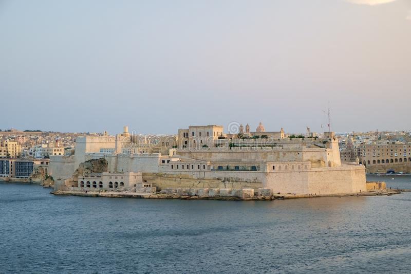 Fortu St Angelo nad schronieniem obraz royalty free
