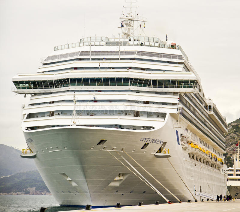 fortuna κρουαζιέρας πλευρών σκάφος στοκ φωτογραφία με δικαίωμα ελεύθερης χρήσης