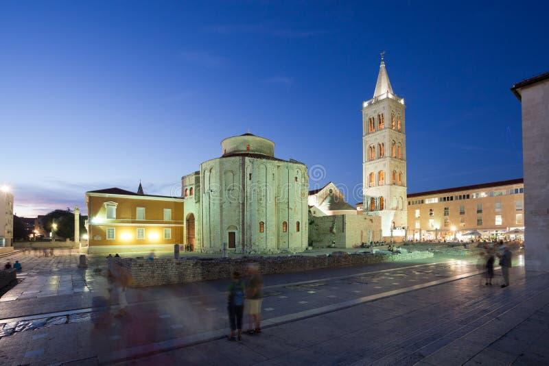 Forum antique de Zadar au crépuscule, Croatie photographie stock