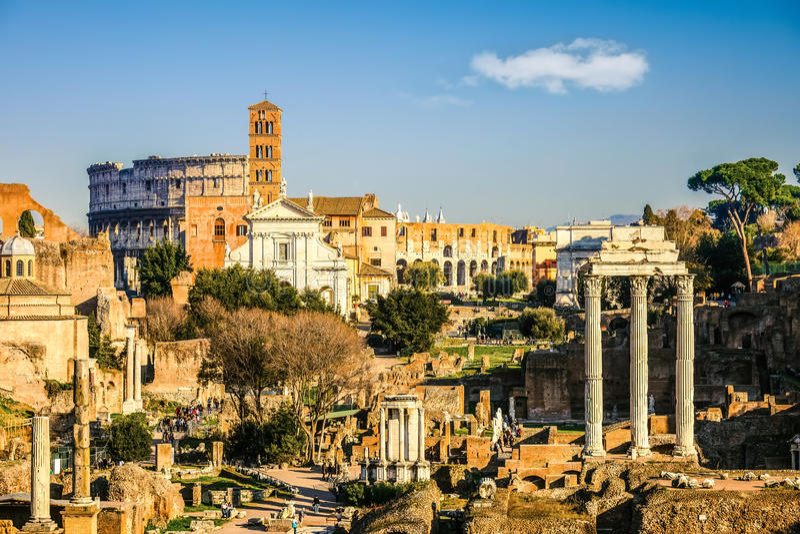 Forum en Coliseum in Rome stock foto