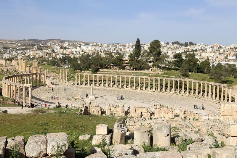 Forum (plaza ovale) dans Gerasa (Jerash), Jordanie image libre de droits