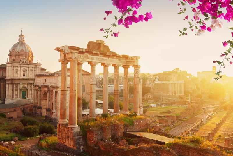 Forum - ruines romaines à Rome, Italie image stock