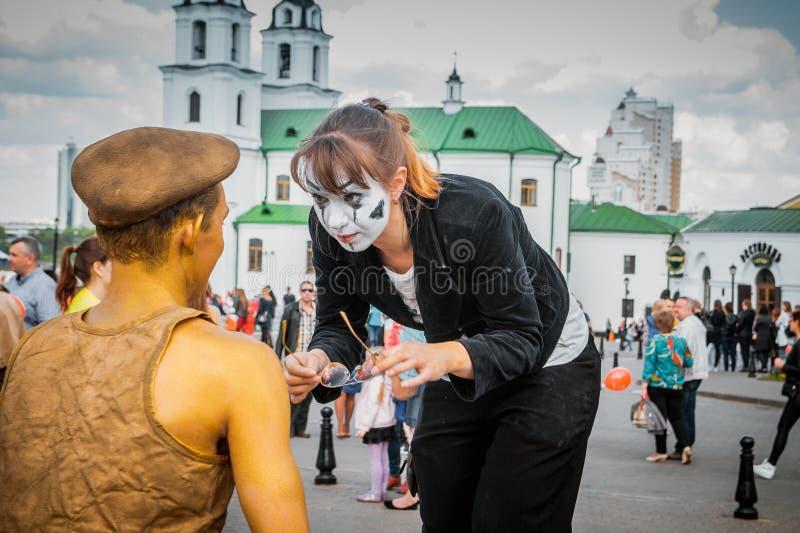 Forum von Straßentheatern stockfotografie