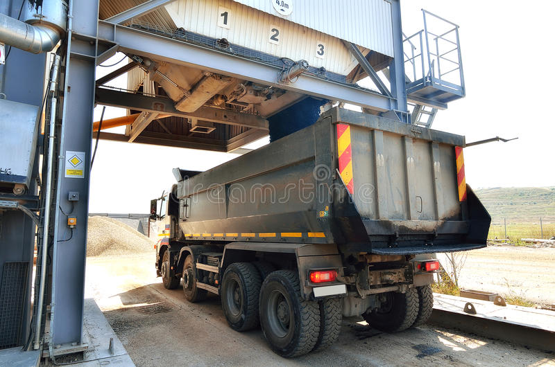 Cement Loading Plant : Forward activity at asphalt plant stock image of