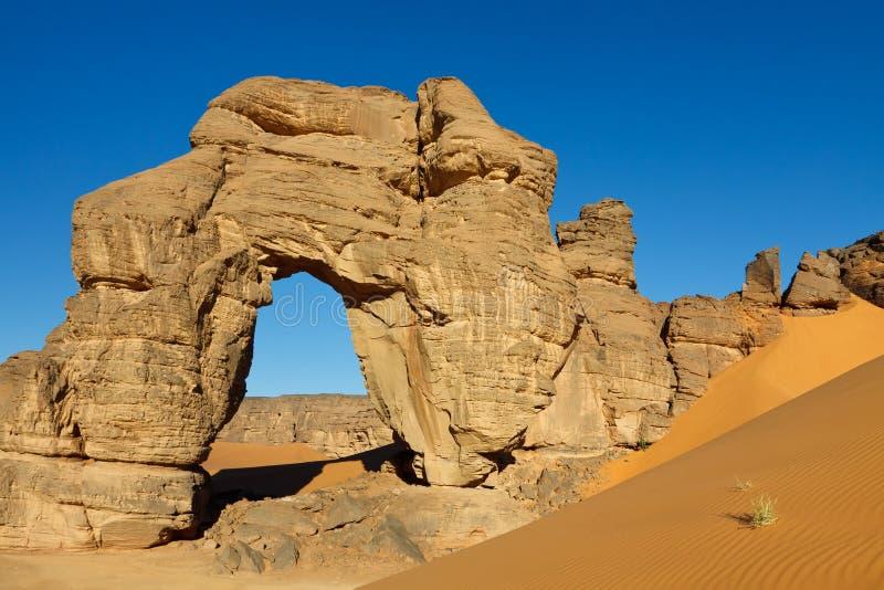 Download Forzhaga Natural Rock Arch - Akakus Mountains Stock Image - Image: 19030299