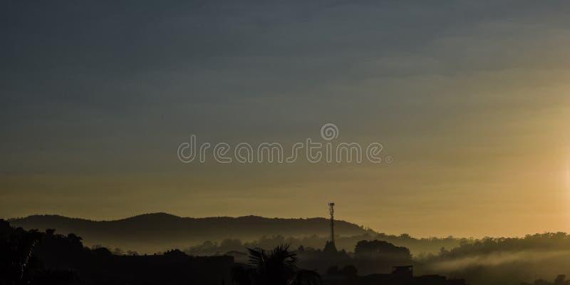 Foschia della mattina fotografia stock libera da diritti