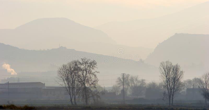 Foschia di primo mattino sopra la campagna spagnola fotografia stock libera da diritti