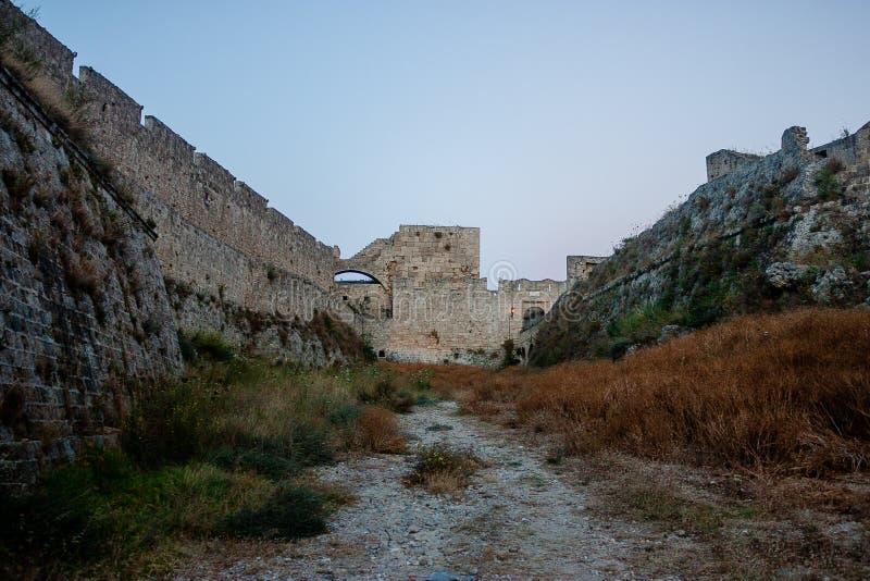 Fossé de vieille ville de Rhodos vieux photo libre de droits