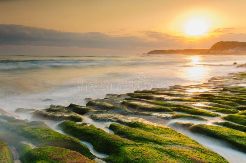 Fossa di pietra costiera fotografie stock libere da diritti