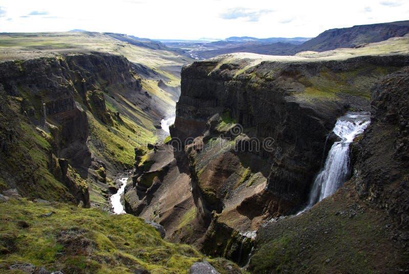 Fossardalur (vallée de cascade à écriture ligne par ligne) en Islande. images libres de droits
