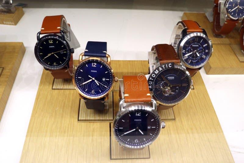 Fossiele Mensen` s Horloges voor Verkoop royalty-vrije stock foto