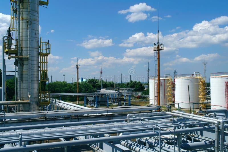 Fossila bränslenbransch, petrokemisk växt arkivfoto