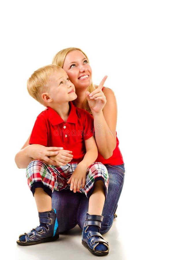 Fostra och barnet royaltyfria foton