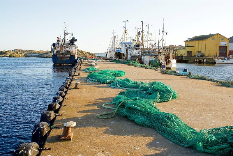 Fotö, casas de barco na costa oeste na Suécia imagem de stock