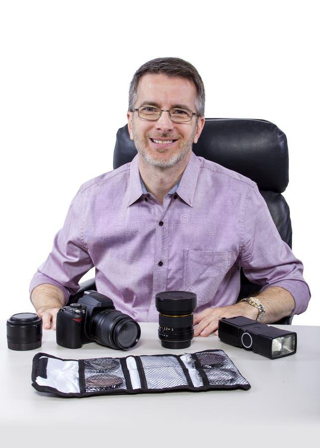 Fotógrafo com equipamento imagens de stock royalty free