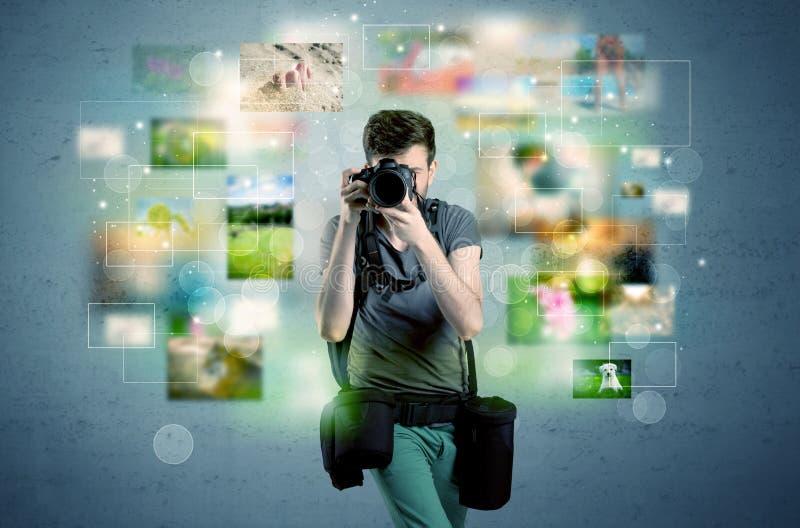 Fotógrafo com imagens do passado ilustração stock