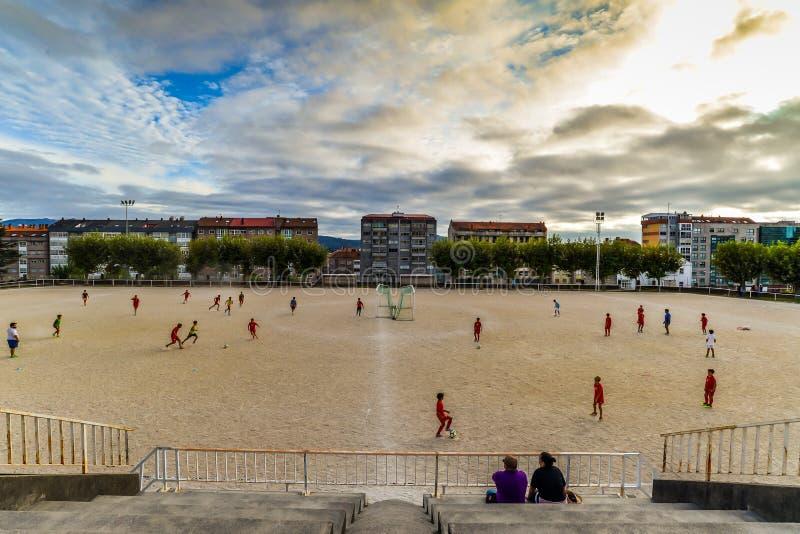 Fotbollövning i Vigo - Spanien royaltyfri bild