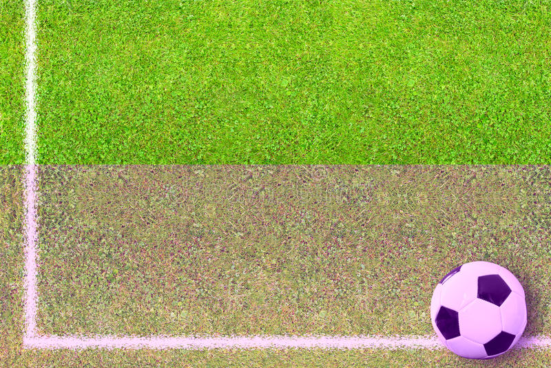 fotboll för bollfält royaltyfria foton