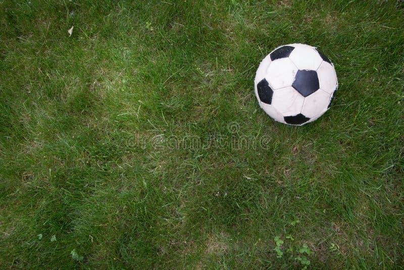 fotboll för burning exponeringsglas för aquaboll royaltyfria bilder