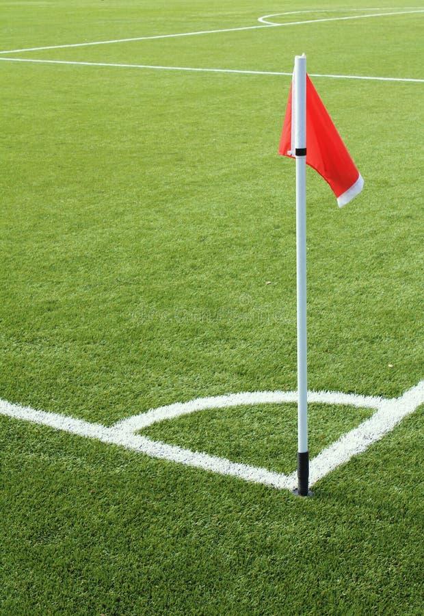 fotboll för fältflaggared arkivbilder