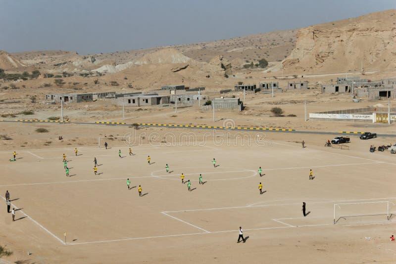 Fotboll i öken royaltyfria bilder