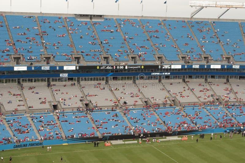 Fotboll på Bank of America Stadium royaltyfri foto