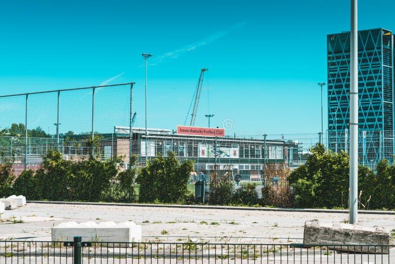 Fotbollklubba för AFC Amsterdamse, Zuidas i amsterdam royaltyfria foton