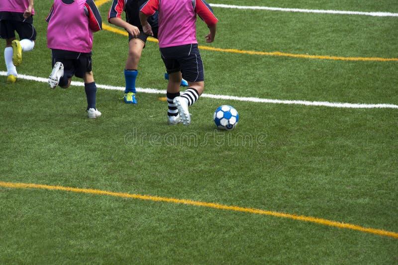 Fotbolllek arkivbild