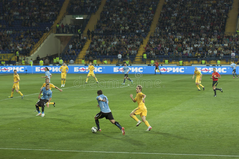 fotbollmatch ukraine uruguay vs fotografering för bildbyråer