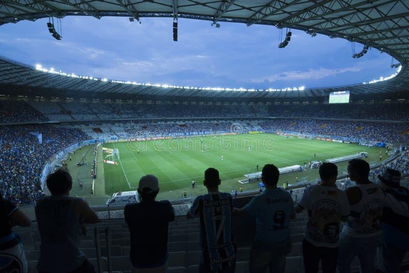 Fotbollsmatch på Minerao stadion, Brasilien fotografering för bildbyråer