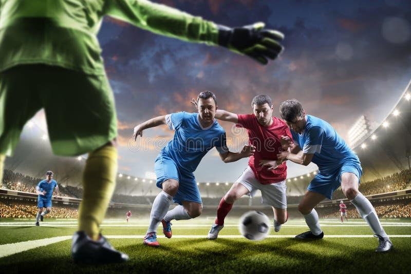 Fotbollspelare i handling på panorama för solnedgångstadionbakgrund royaltyfria bilder