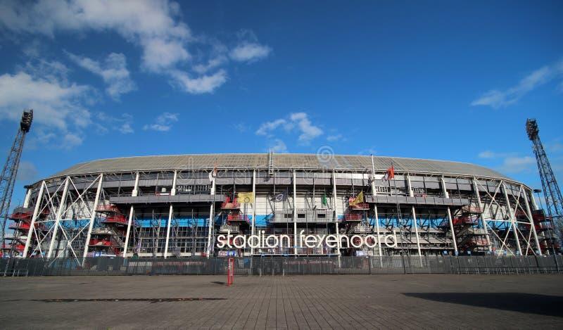 fotbollstadion i Rotterdam namngav de Kuip arkivfoton