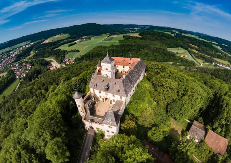 Foto aérea del castillo Greifenstein en el suisse franco fotos de archivo libres de regalías