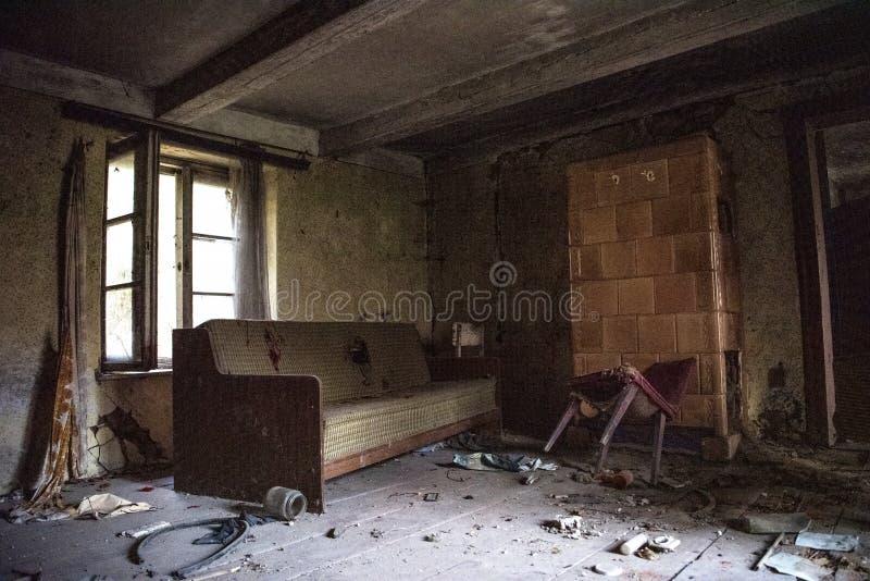 Foto abandonada velha do quarto? HDR feita de 9 exposi??es diferentes imagens de stock royalty free